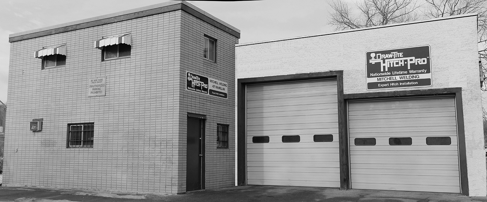 Mitchell_building_front_bw
